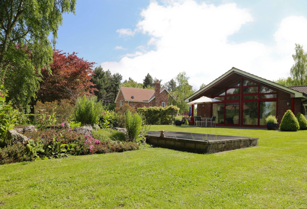 Enjoy a break at Surlingham Lodge to reconnect with nature