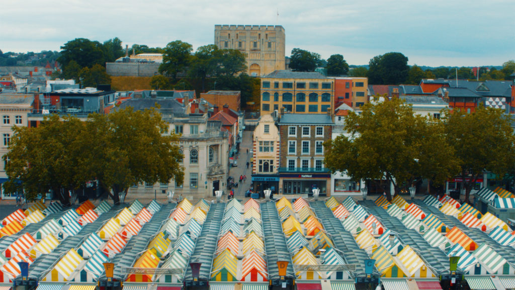 Image of Norwich marketplace and castle
